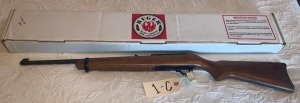 RUGER 10/22 carbine 40th anniversary model 255-78290 w/ box