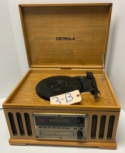 Detrola AM/FM radio, record turn table, and CD player all in one - works well!
