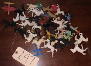 Assorted lot of plastic horses, cowboys and other small toys