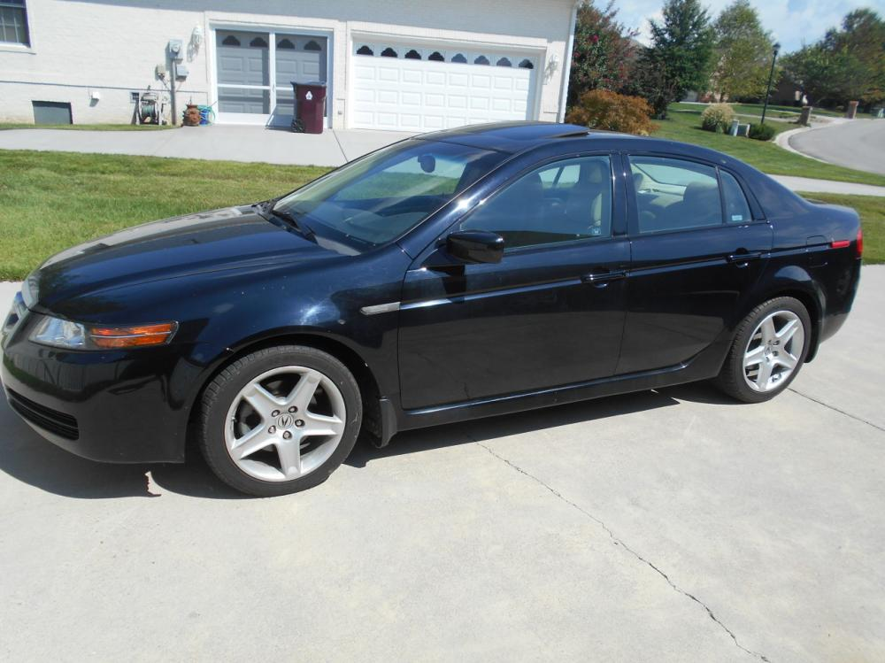 2006 Acura TL 84,000 Miles, leather interior, DVD navigation system